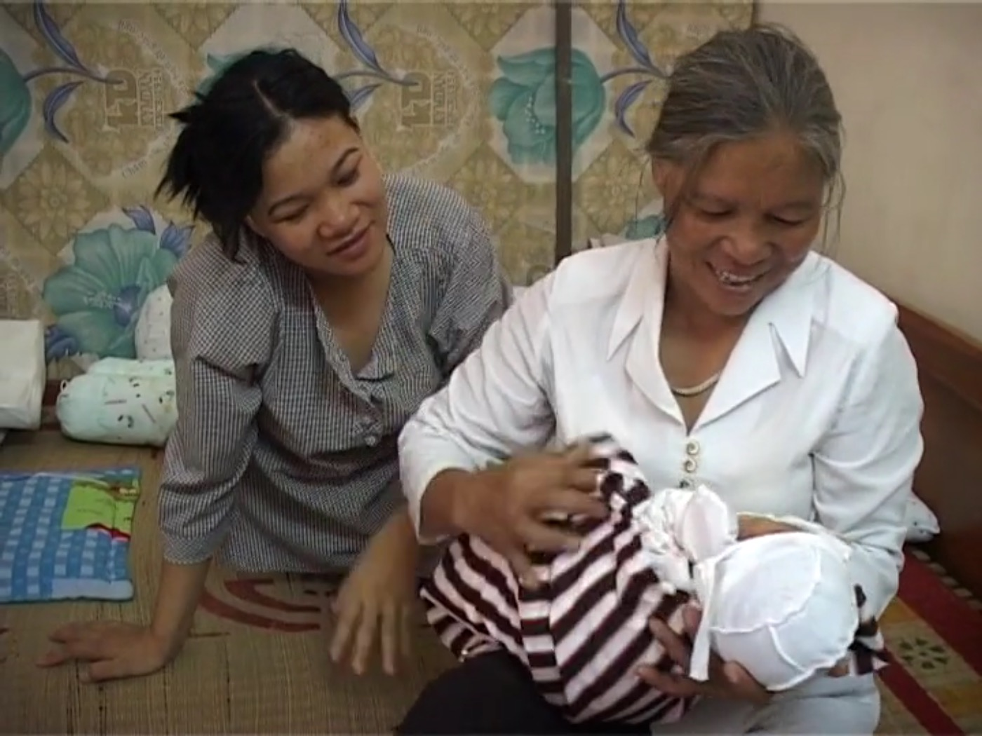 Hello My Child Hello My Baby Chao Con Chao Baby Tham Nguyen Thi